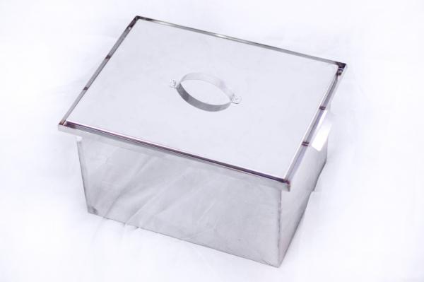 Коптильня горячего копчения прямоугольная AISI 430 0,8 мм 300х400х250